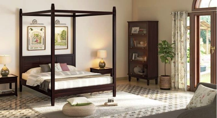 Styling Your Four-Poster Beds