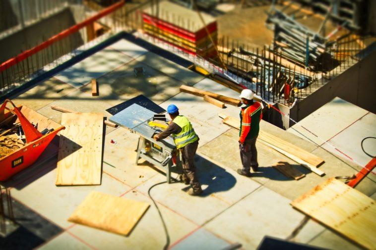 What Is a Construction Management App?
