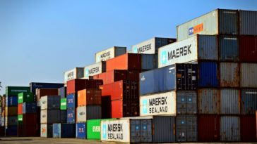 The Benefits of Storage Containers While Moving During a Pandemic